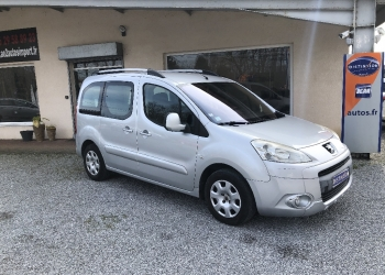 <strong>PEUGEOT PARTNER TEPEE</strong><br/>1.6 HDi 92ch