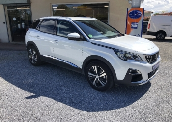 <strong>PEUGEOT 3008</strong><br/>BlueHDi 130ch S&S BVM6 Allure