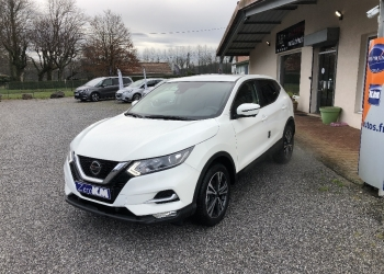 <strong>NISSAN QASHQAI</strong><br/>1.3 DIG-T 140 N-Connecta