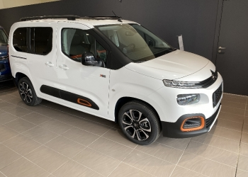 <strong>CITROEN BERLINGO</strong><br/>M BlueHDi 100ch Shine + Modutop